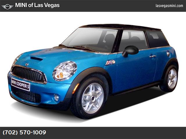 2009 MINI Cooper Hardtop S dynamic stability control abs 4-wheel air conditioning power window