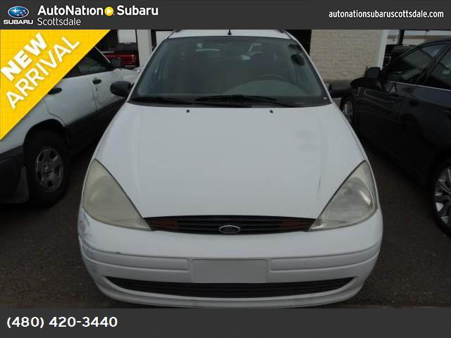 2000 Ford Focus SE clean carfax looks fantastic and is a wonderful wagon my friend 44649 miles V