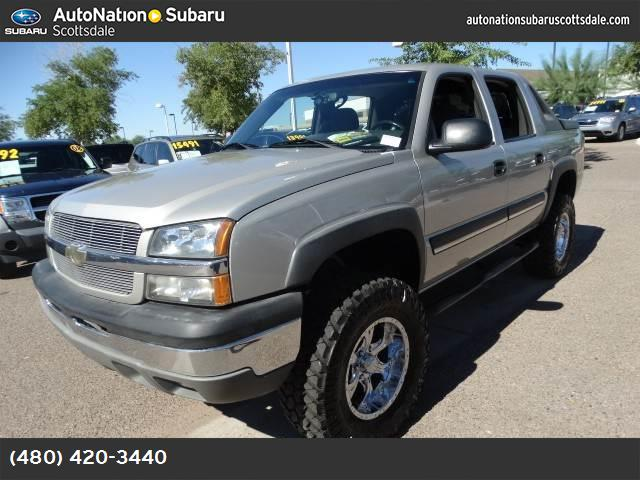 2004 Chevrolet Avalanche  brand new mutter tires screaming for dirt  sand or water  priced to s