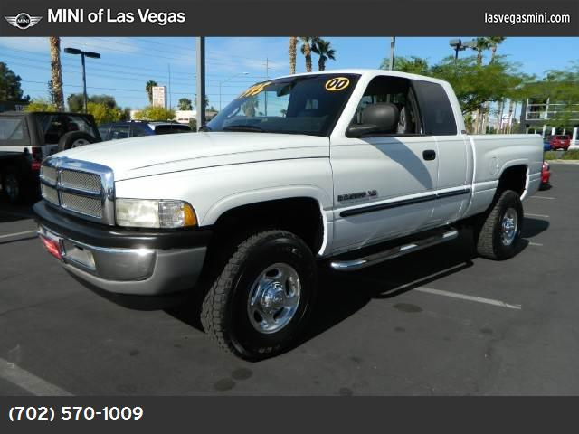 2000 Dodge Ram 2500  slt air conditioning sliding rear window power windows power door locks c