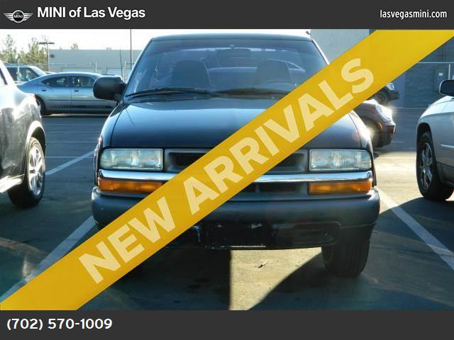 2003 Chevrolet S-10  abs 4-wheel air conditioning power steering amfm stereo dual air bags