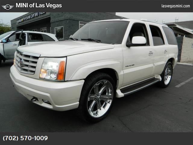 2004 Cadillac Escalade  traction control abs 4-wheel air conditioning power windows power doo