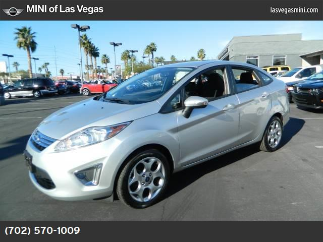 2011 Ford Fiesta SEL convenience pkg traction control advancetrac abs 4-wheel keyless entry