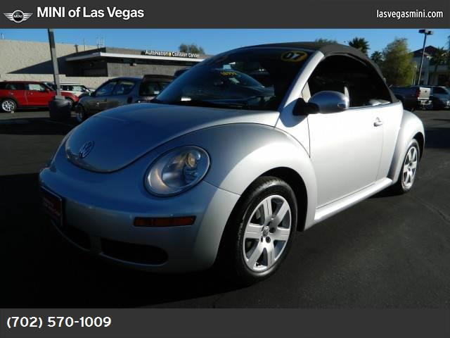 2007 Volkswagen New Beetle Convertible  traction control stability control abs 4-wheel air con