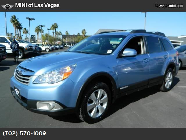 2010 Subaru Outback Prem Pwr Moon all weather pkg hill holder traction control vchl dynamic cont