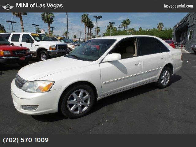 2001 Toyota Avalon XL wBucket Seats diamond white pearl paint front wheel drive tires - front al
