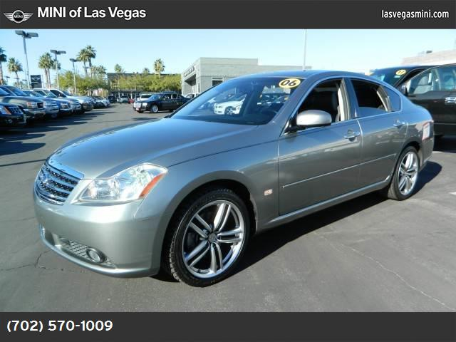 2006 Infiniti M35  traction control abs 4-wheel air conditioning power windows power door loc