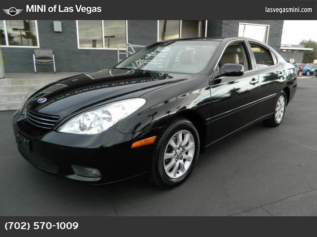 2002 Lexus ES 300  traction control abs 4-wheel air conditioning power windows power door loc