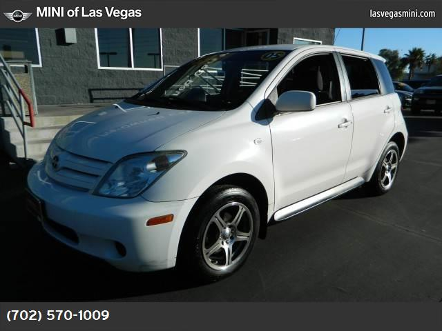 2005 Scion xA  abs 4-wheel air conditioning power windows power door locks power steering ti