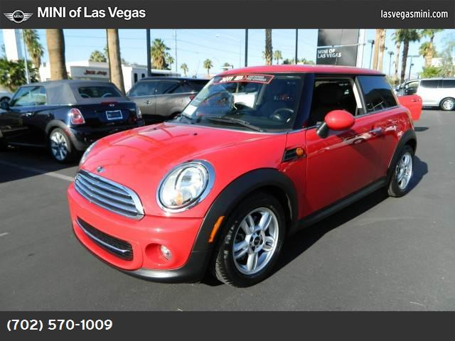 2011 MINI Cooper Hardtop  sport pkg hill start assist control dynamic stability control abs 4-w