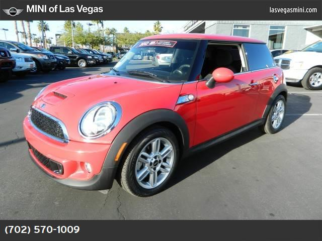 2012 MINI Cooper Hardtop S sport pkg hill start assist control dynamic stability control abs 4-