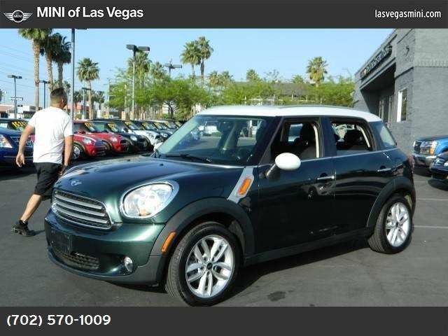 2013 MINI Cooper Countryman  oxford green metallic front wheel drive keyless start power steerin