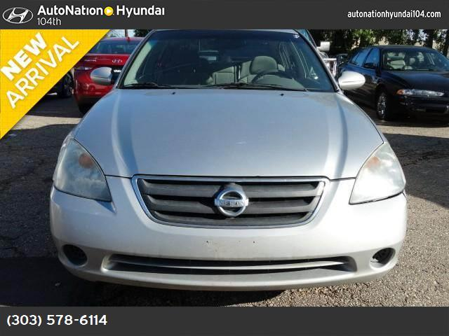 2002 Nissan Altima S air conditioning power windows power door locks cruise control power steer