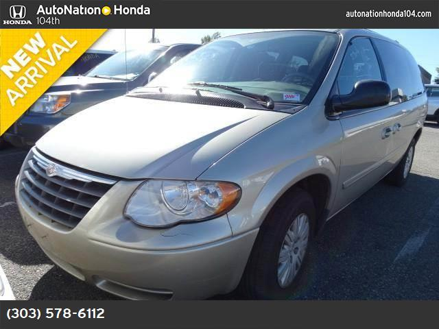2005 Chrysler Town  Country LX abs 4-wheel air conditioning power windows power door locks c