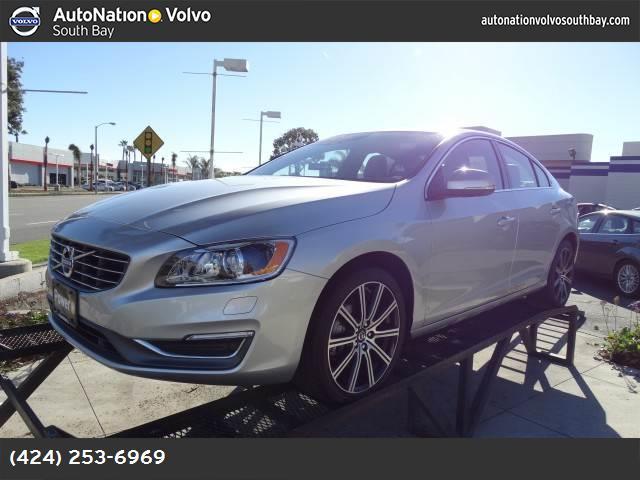 2015 Volvo S60 T6 Drive-E Premier Plus bright silver metallic turbosupercharged front wheel driv