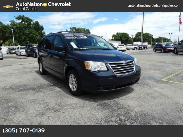 2008 Chrysler Town  Country Touring traction control stability control abs 4-wheel keyless en