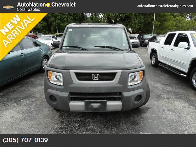 2004 Honda Element LX front wheel drive engine immobilizer tires - front all-season tires - rear