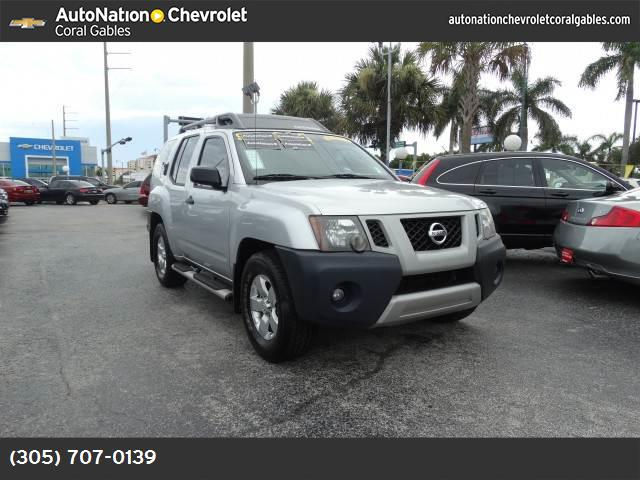 2010 Nissan Xterra S vchl dynamic control abs 4-wheel air conditioning power windows power do