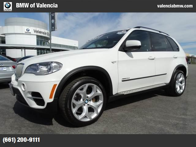 2012 BMW X5 35d 3rd row seat  -inc self-leveling suspension  3rd row climate control alpine white