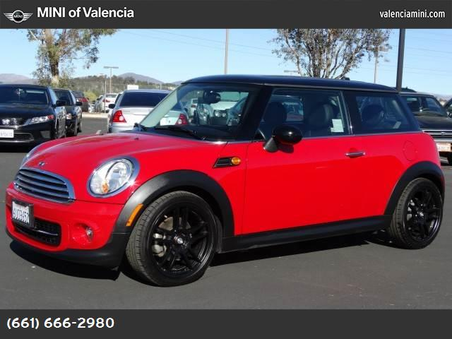2013 MINI Cooper Hardtop  hill start assist control dynamic stability control abs 4-wheel keyl