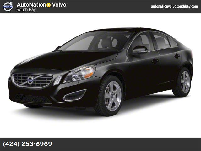 2012 Volvo S60 T6 soft beige  leather seating surfaces turbocharged all wheel drive power steeri