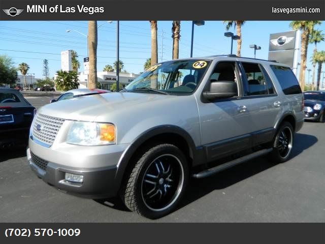 2004 Ford Expedition XLT abs 4-wheel air conditioning air cond rear power windows power door