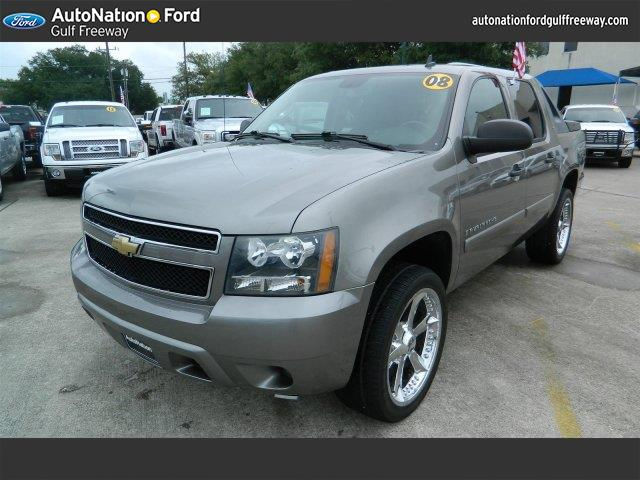 used chevrolet avalanche for sale houston tx cargurus. Black Bedroom Furniture Sets. Home Design Ideas